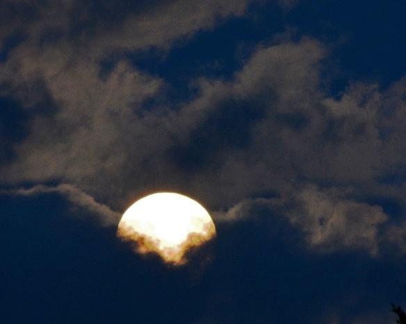 Moon8July17#0476E2c8x10